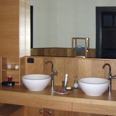 Bagno in rovere sala lab for Enrico esente arredamenti