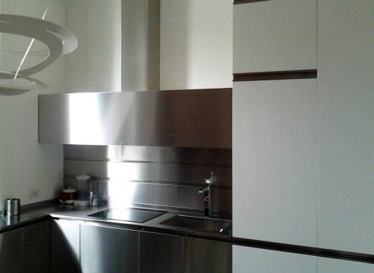 Cucina in acciaio sala lab - Cucina in acciaio ...