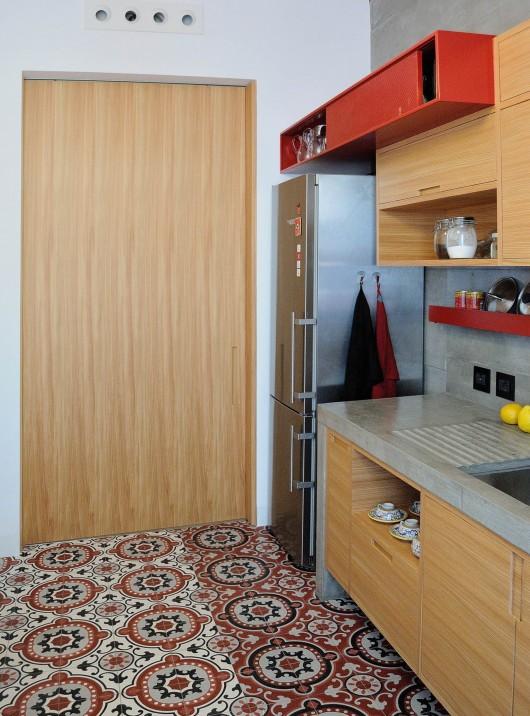 Cucina sospesa sala lab for Enrico esente arredamenti
